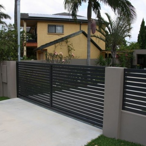 Decorative Finish Slatted Gate