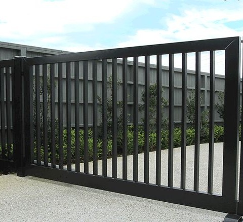Decorative Gate Square Vertical Tubes