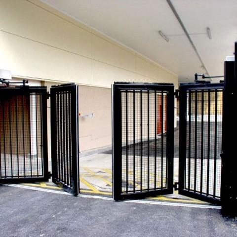 Swing Gate Bi-Fold